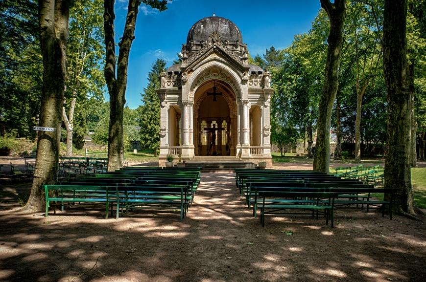 A chapel outside of Paray-le-Monial's church.