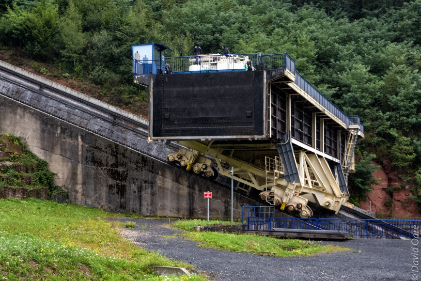 A hotel barge moves up the Arzviller Inclined Plane